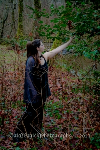 Gaia Magick Photography, Comox Valley, Courtenay, Fantasy session, Witch in the woods, Donna Rushton,